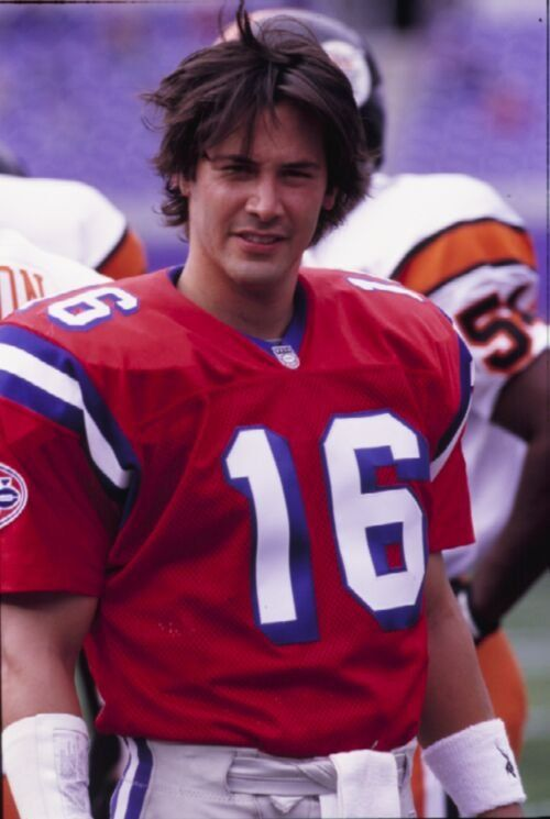 Shane Falco - Keanu Reeves in The Replacements