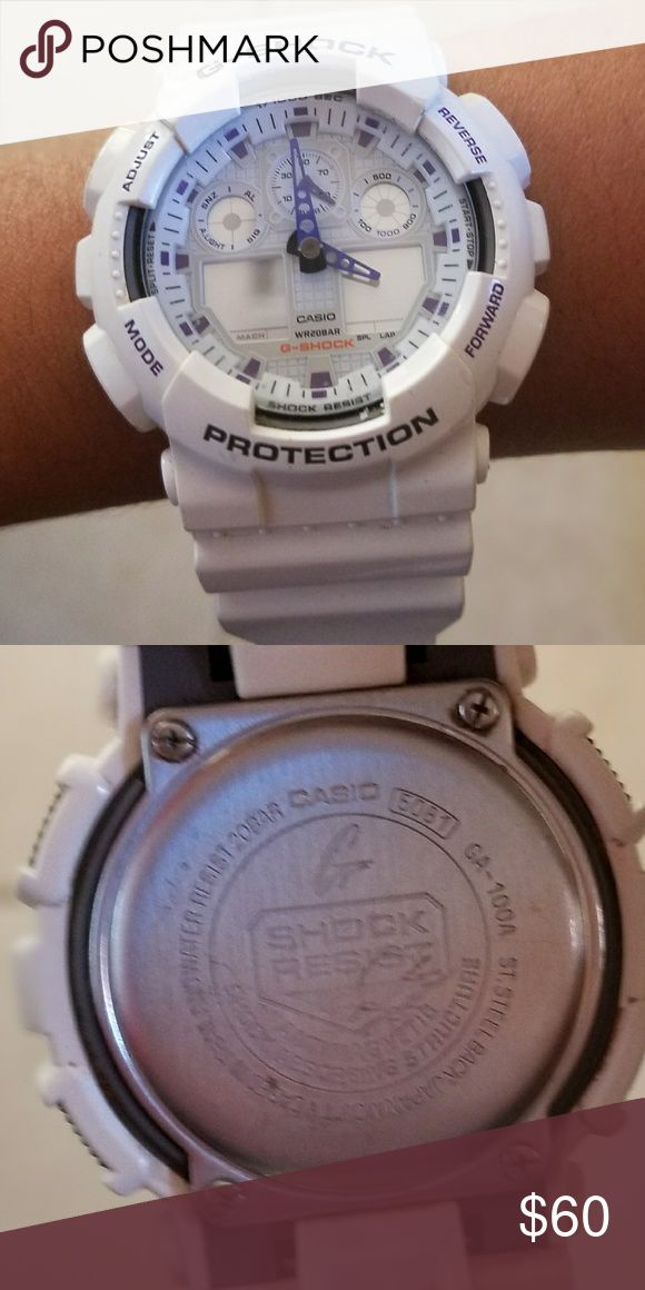 Casio G- shock watch White and purple G- shock.  Battery needs to be replaced G-Shock Accessories Watches