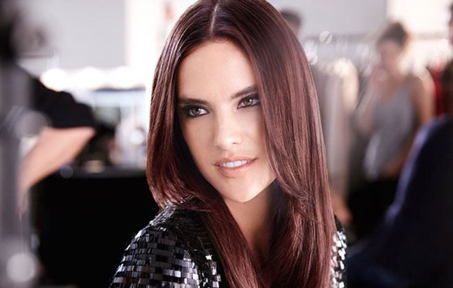 Alessandra Ambrosio: Συμβουλές για όμορφα μαλλιά στο πρώτο ραντεβού