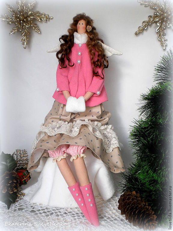 Купить Зимний ангел Вивьен - розовый, ангел, зимний, мороз, зима, пальто, муфта, тильда ♡
