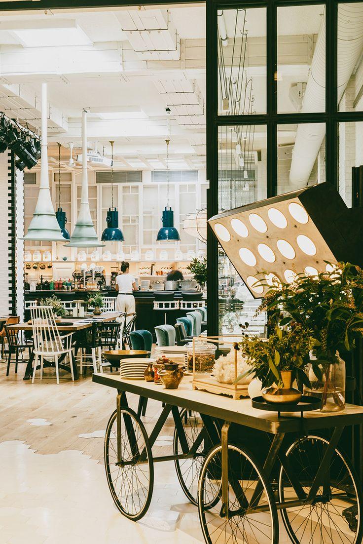 Arquitecto Lázaro Rosa-Violán - Barcelona_Artte: espacio multidisciplinar de 400 metros cuadrados, el nuevo 'bistrot'-salón de té-tienda-escenario de la Ciudad Condal.