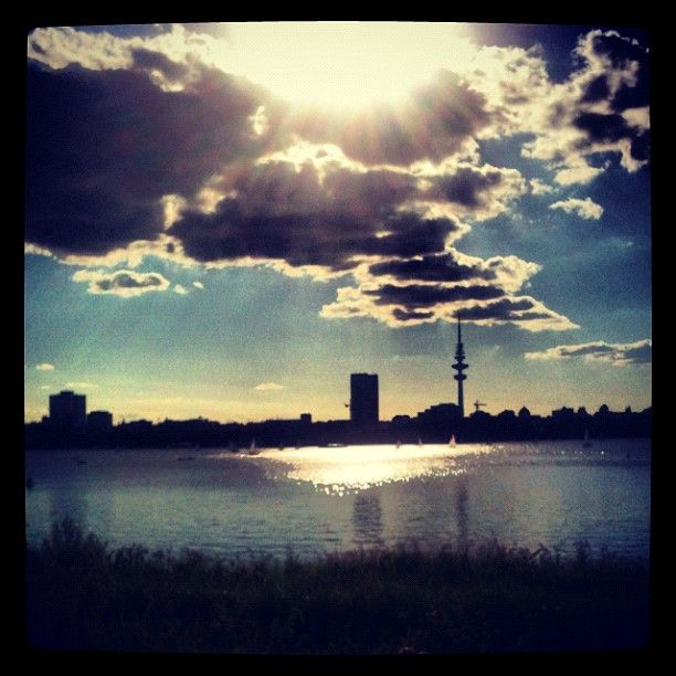 Photo from the Instacanvas gallery for shamani. Hamburg Alster.