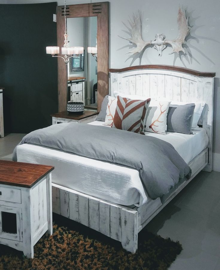 18 best Bedroom images on Pinterest Wall colors, Wall flowers and
