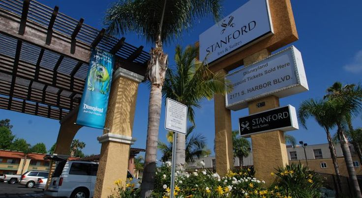 Stanford Inn & Suites Anaheim Anaheim Located 1.7 km away from Disneyland's Main Gate, this Anaheim hotel features an outdoor pool, a fitness centre and a tour desk.  It serves a daily continental breakfast.  All rooms offer free WiFi.