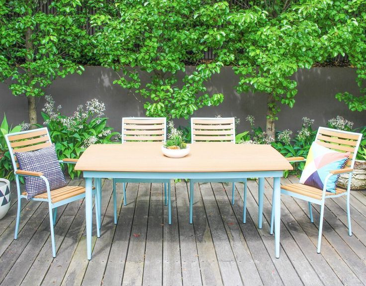 Leif 6 Seater Retro Outdoor Table - BLUE (Medium)