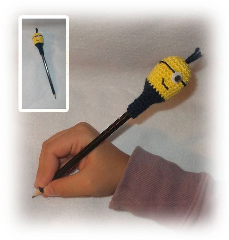 crochet pensil toy