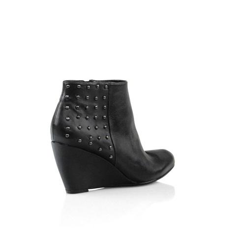 Zensu Boost in Black Nappa #studs #ontrend #leather