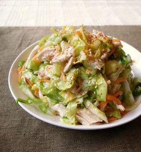 crudités et filet de poulet キャベツと鶏胸肉のモリモリおかずサラダ