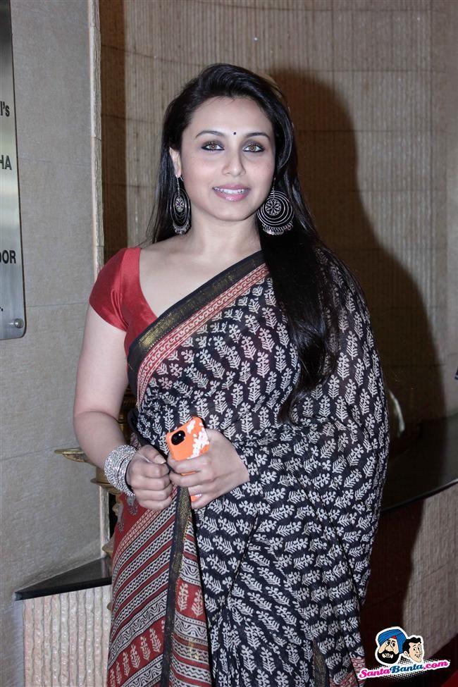Bong beauty in saree