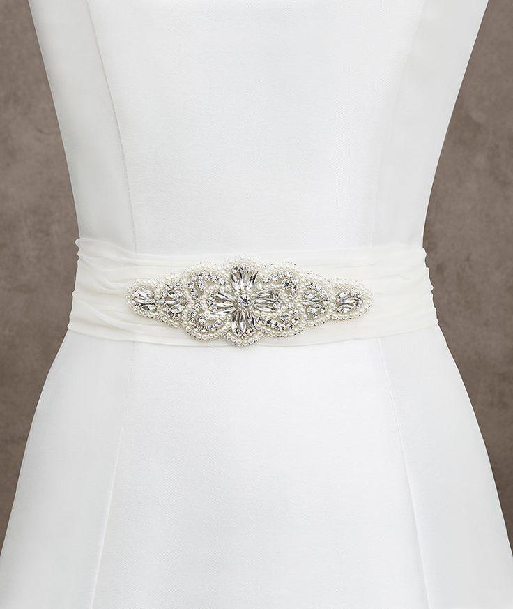 12 best pronovias accessories images on pinterest for Wedding dress accessories belt