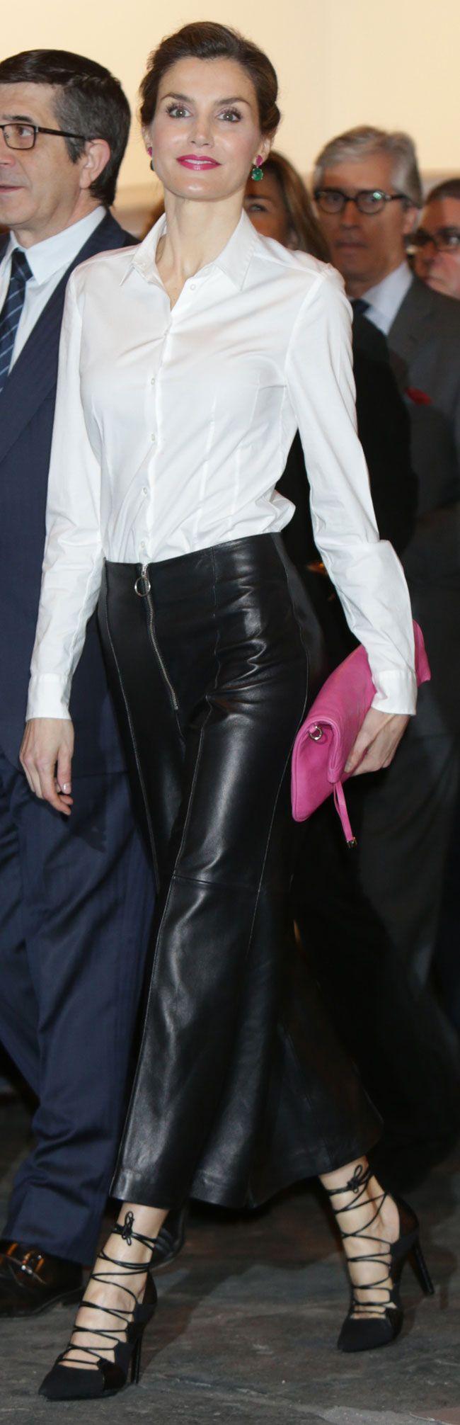 Queen Letizia. ARCO 2016. Hugo Boss shirt, Uterqüe leather culotte, Magrit…