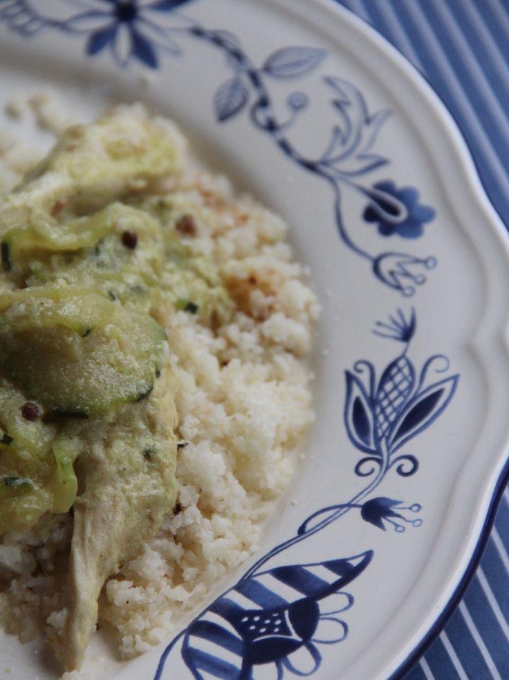 Curry de poulet aux cougettes & au chou-fleur, recette paléo - Miamm... Maman Cuisine !