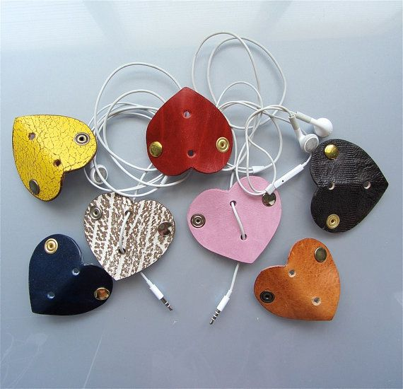 Leather earbud / earphone / cable organizer in by RinartsAtelier