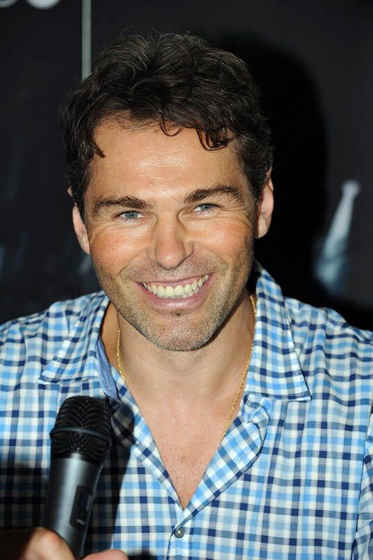 jaromir jagr those eyes and that smile my heart just melted