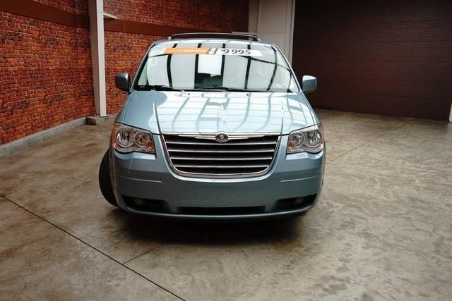 2010 Chrysler Town Country Touring Plus Touring Country Toms