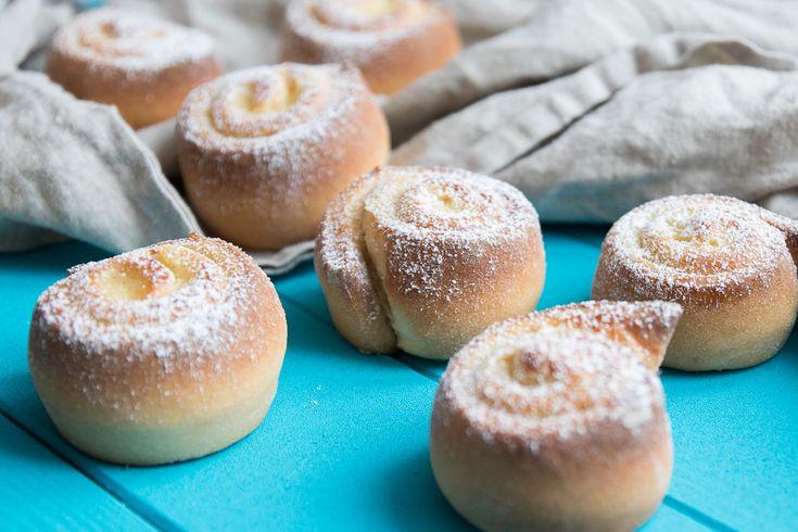 Vanillepudding Schnecken   Der neue Monat Februar beginnt und somit startet eine weiteres Thema Homemade-Action im Februar: Torten und Plunder, was ich ziemlich cool finde! Lecker Teilchen, Kuchen und Leckereien, wer mag sie… Weiterlesen