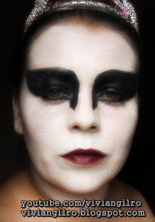 Maquillaje Black Swan en https://www.youtube.com/watch?v=BmRcudbkaiI