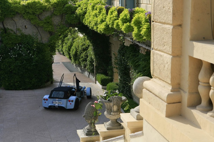 Donkervoort D8 270 in Italy