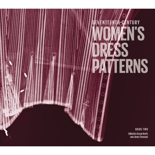 Amazon.com: Seventeenth-Century Modèles formels de femme: Book 2 (9781851776856): Jenny Tiramani, Susan North: Livres