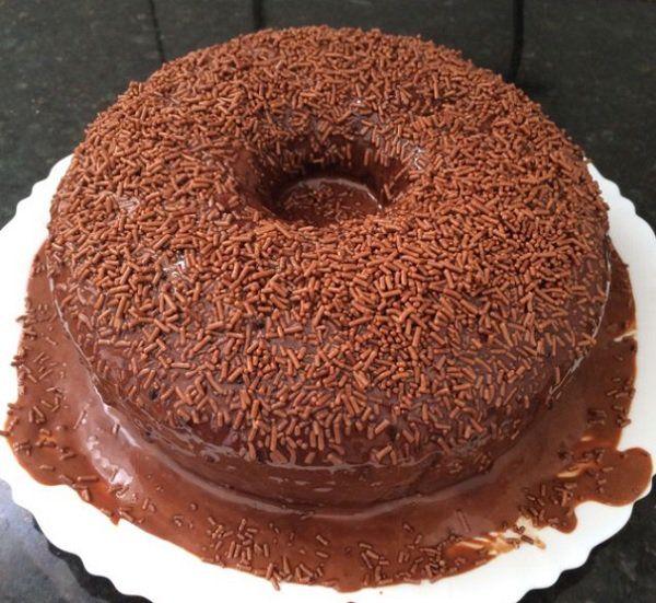 Bolo De Chocolate Fofinho De Liquidificador Receita Com Imagens