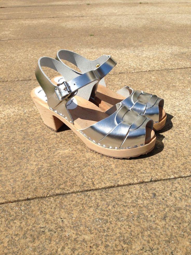 Silver Sandals / Sandálias Prateadas
