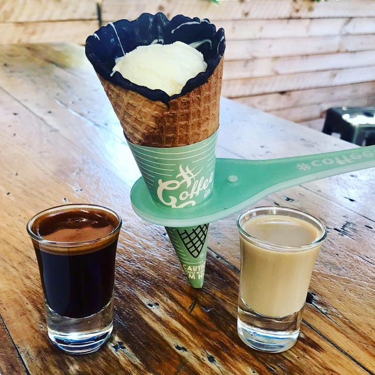Caffeine hit and sneaky Friday treat ->>> Affogato in a Cone 🤤   #coffeeinacone #saltmeatscheese_surfers #saltmeatscheese #surfersparadise #the4217 #italianrestaurant #pizzeria