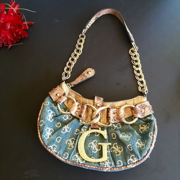 Guess Bags - Guess satchel like new condition