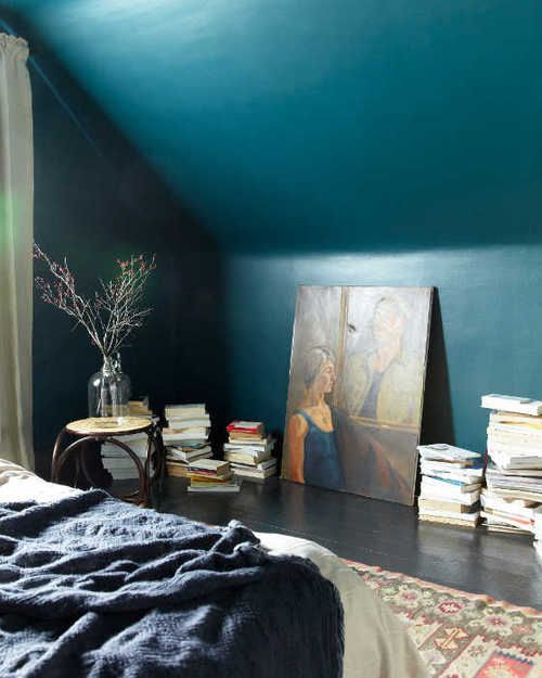mur turquoise foncé bedroom
