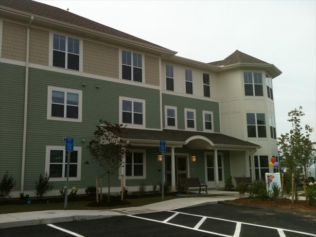Clay Pond Cove Is Located With Easy Access On And Off Beautiful Cape Cod Features Include On Site Manageme Affordable Apartments Apartment Apartment Listings