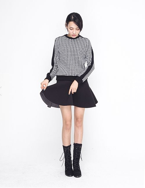 WHITEBLACK HOUNDS TOOTH MTM http://arcloset.com/product_view.php?gs_idx=TO140012TT