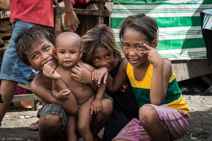 market kids - children at Carbon Market, Cebu City