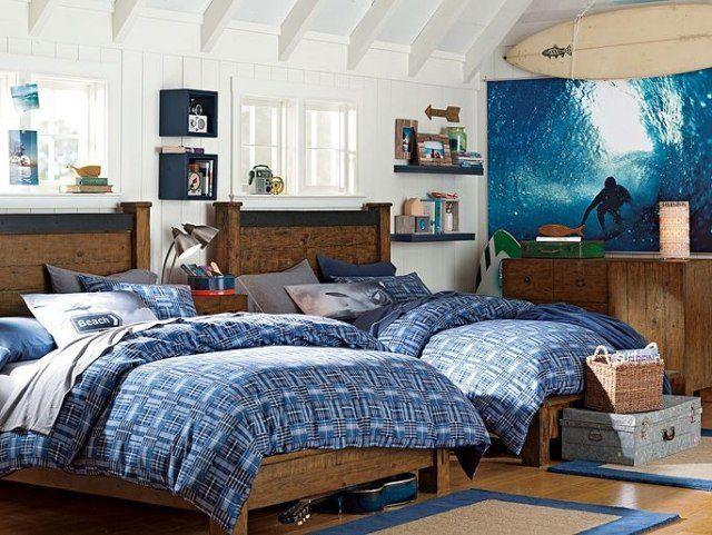 amenagement-chambre-ado-garçon-poster-surfeur-literie-bleue-commode-bois