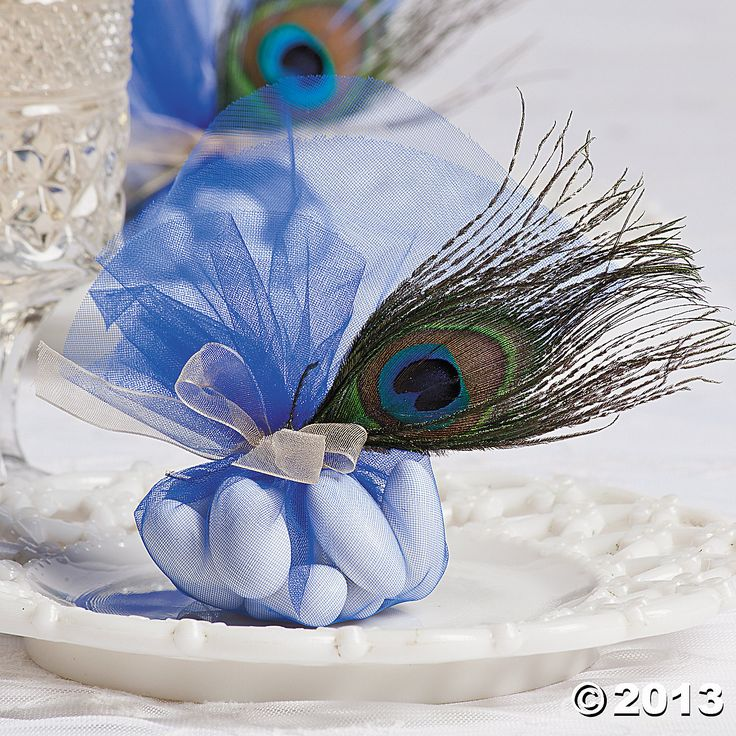 Tulle & Peacock Feather Wedding Favors.