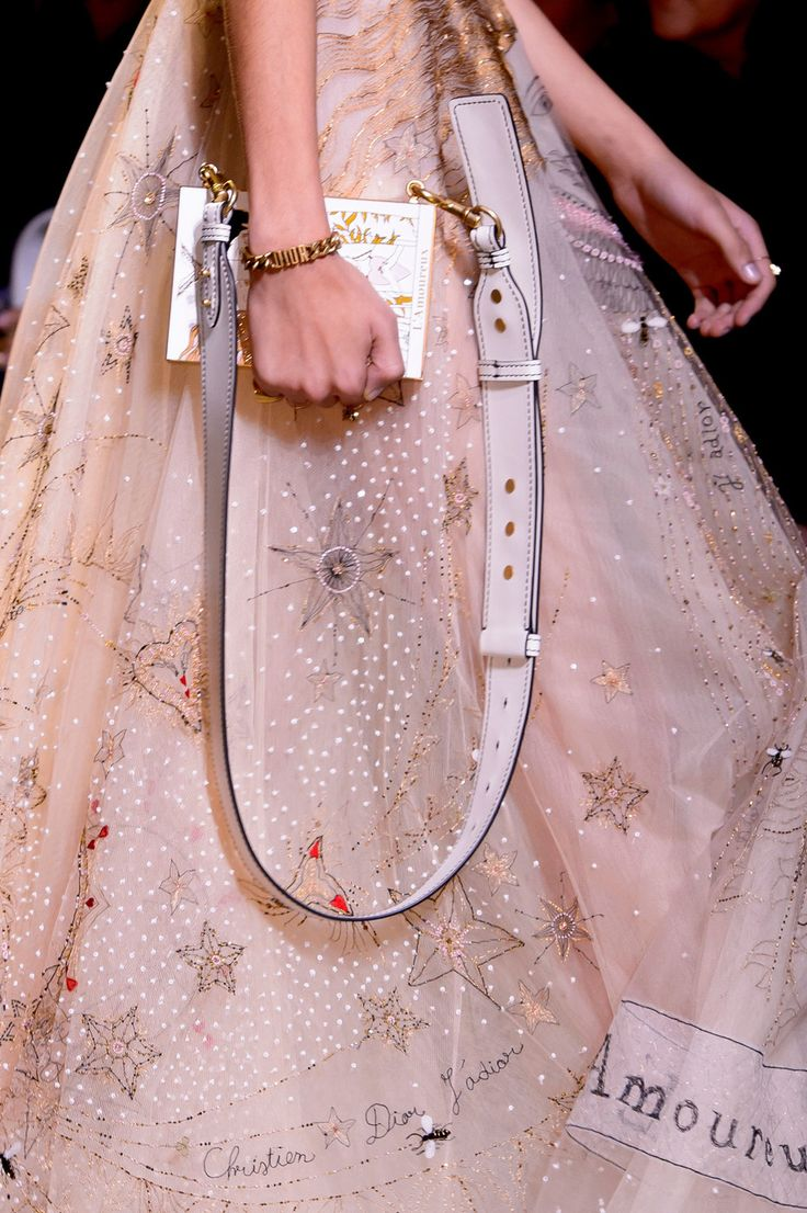 Christian Dior at Paris Fashion Week Spring 2017 - Details Runway Photos