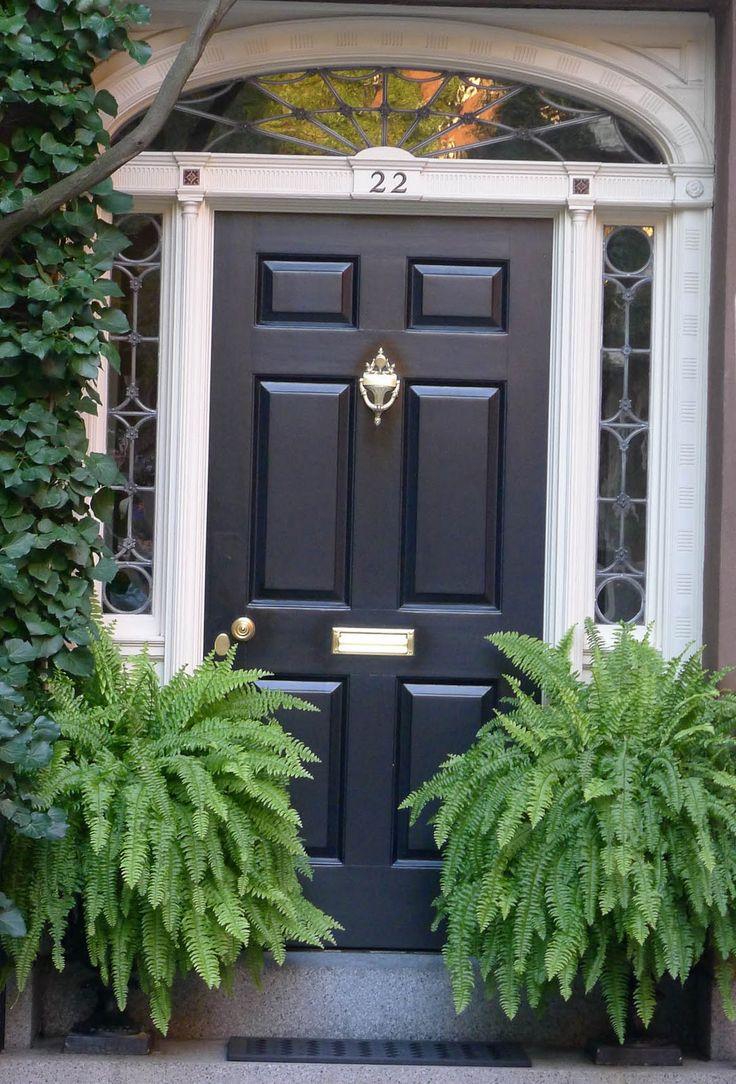 A black front door - Hamptons Garden: Making a Grand Entrance #HelloBlack #HelloColor