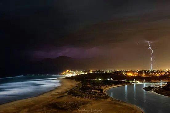 Lightning strike, Port Noarlunga Beach, South Australia, Australia | Stephen Scheer Photography