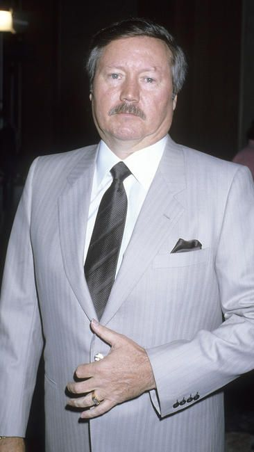 """Glen A. Larson, TV producer, writer behind such hits as """"Battlestar Galactica"""" """"Magnum PI """" """" Knight Rider"""" and """" Quincy ME"""" died at the age of 77"""