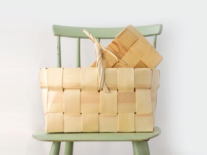 Finnish wooden picnic basket. nama.fi/shop