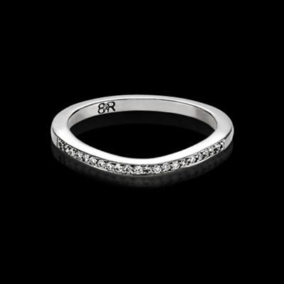 FOR HER - Commisceo diamond  wedding band with 26 full cut diamonds (total approximate diamond weight of 0.19ct). Available in 18K white gold or platinum. Designed to match perfectly with the Commisceo engagement ring.