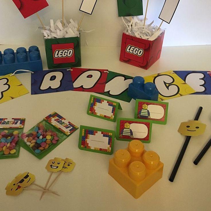 ✨🎉Quando un bambino gioca il suo gioco riempie l'universo intero. 🎉✨Il primo compleanno di Francesco 🎂 #legoparty #lego #party  #instabday #bestoftheday #birthdaycake #cake #friends #celebrate #photooftheday #instagood #candle #candles #happy #young #old #years #instacake #happybirthday #instabirthday #born