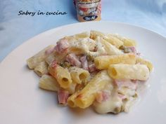 pasta al forno in bianco  Only in Italian but so easy to translate it