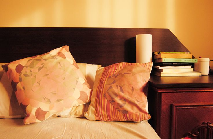 GEOMETRIC PATTERN PILLOW COVERS. Perfect for your bedroom or to lighten up you living room! buy yours on www.serro-store.com