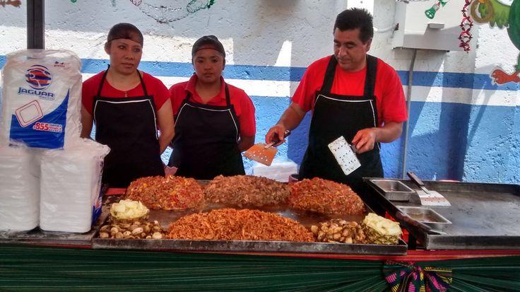 con Diez variedades de Exquisitas Parrilladas para Fiestas www.tacoselcipres.com.mx