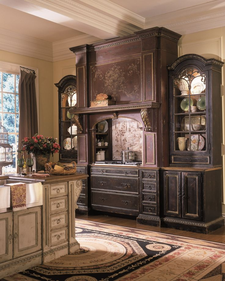 Habersham Venetian Hearth Kitchen Cabinet Set With Storage And Drawer Ideas  And Vintage Kitchen Island Design On Wooden Floor With Oriental Area Rug  Design.