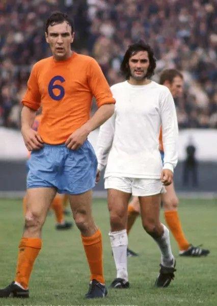 George Best Man Utd v Halifax 1971