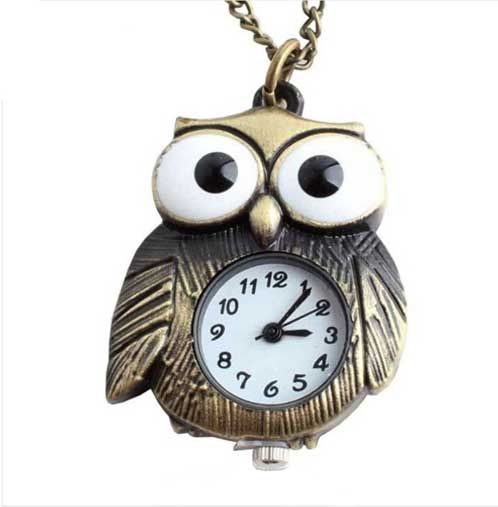Shine with this funny necklace watch in the shape of an owl, style retro vintage Treat it yourself now, and you won't be late any more!