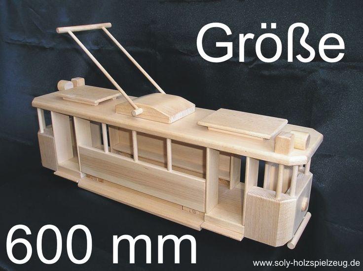 Grosse Straßenbahn Holzspielzeug für Kinder  http://www.soly-holzspielzeug.de/holzspielzeug/