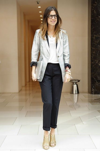 Super chic job interview look, great for creative or editorial job interview-hmmmmm, I likes!!!!