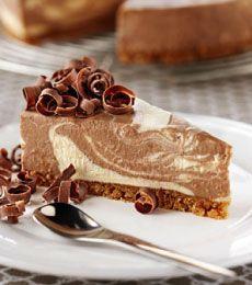 Chocolate and Vanilla Swirl Cheesecake » Recipes » Cadbury Kitchen