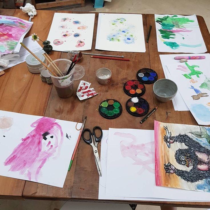 Saturday art activities. #homeschool #artactivities #kidart #watercolor #familyactivities #spendtimetogether  @epicai @nebulagarden